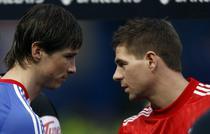 Fernando Torres (Chelsea), fata in fata cu fostul sau coechipier, Steven Gerrard (Liverpool)