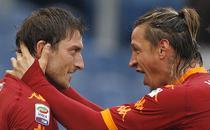 Totti, dubla in derby-ul cu Lazio