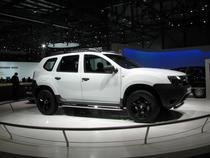 Duster, la standul Dacia din Geneva