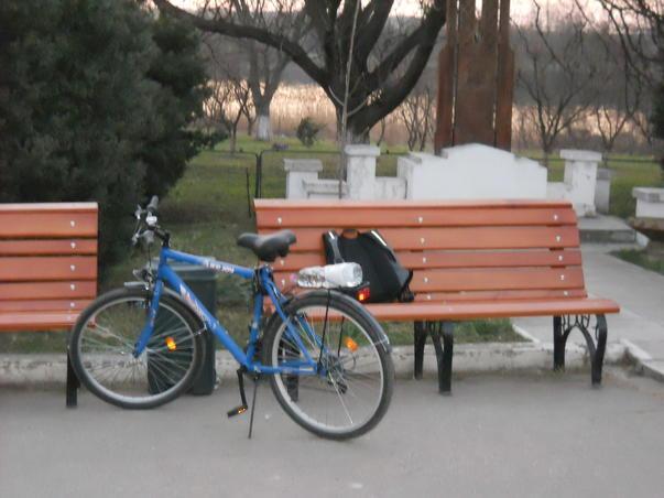Cu bicicleta la Manastirea Cernica (3)