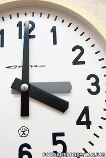 Ora de vara - ora 3.00 devine ora 4.00