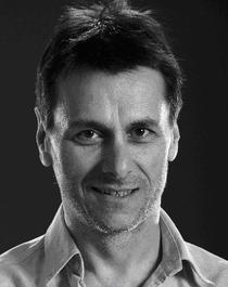 Actorul Bogdan Stanoevici