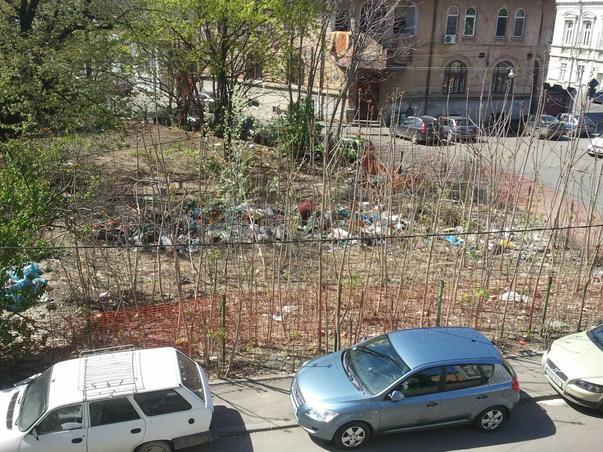 groapa de gunoi din centrul orasului (2)
