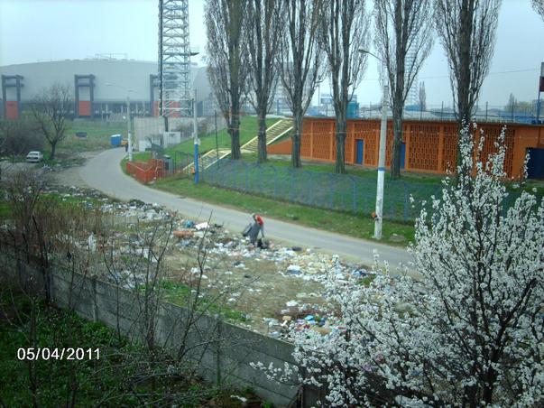 Groapa de gunoi din centrul Craiovei - Oare o fi ecologica si nu ne dam seama ?
