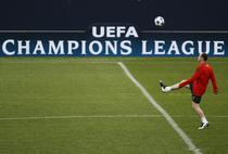 Wayne Rooney, antrenandu-se la Gelsenkirchen