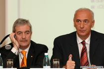 Richard Moat, fostul CEO Orange Romania si Dan Georgescu, in anul 2007