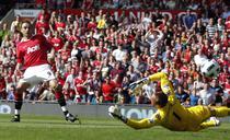 Berbatov inscrie pentru Manchester United