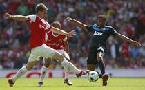 Aaron Ramsey (stanga), decisiv cu United