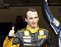Robert Kubica (Lotus Renault) va putea pilota din nou
