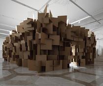Sculptura din sunet a artistului Zimoun, expusa la MNAC