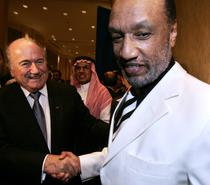 Sepp Blatter si Mohamed bin Hammam, candidatii pentru presedintia FIFA