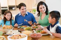 Masa servita in familie joaca un rol important