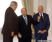 Joao Havelange (dreapta), fost presedinte FIFA