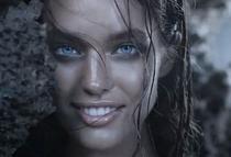Emily Didonato in Aqua di Gioia