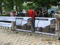 Mitingul pentru oprirea lucrarilor la Buzesti-Berzei