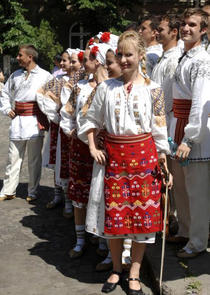 parada costumelor populare