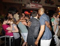 Sarbatoare dupa ce statul New York a aprobat casatoriile intre homosexuali