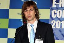 Dr. Madis Tiik