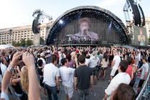 Bon Jovi in Piata Constitutiei