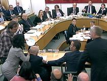 Murdoch, atacat in parlamentul britanic