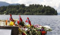 Memorial in fata insulei Utoya