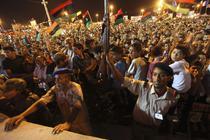 Oamenii sarbatoresc la Benghazi intrarea rebelilor in capitala