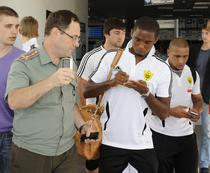 Eto'o, autografe in Rusia