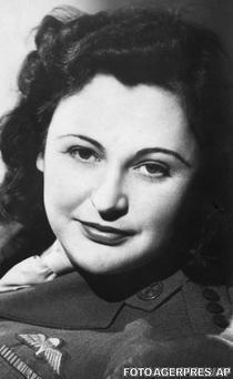 Nancy Wake in 1945