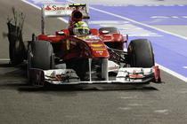 Massa, pana de cauciuc din cauza lui Hamilton