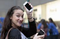iPhone 4S a stabilit un nou record vanzari