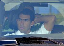 Carlos Tevez, ars la buzunare de Manchester City