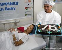 Bebelusul Danica, sarbatorit in Filipine pentru titlul de locuitorul cu numarul 7 miliarde al planetei