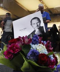 Omagiu din partea fanilor pentru Steve Jobs