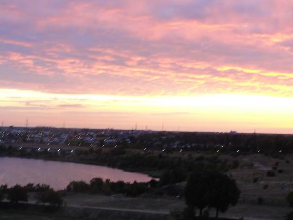 Dimineti de toamna frumoasa in Pantelimon, vis-a-vis de Cora (2)
