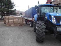 Tigarile de contrabanda au fost transportate cu tractorul