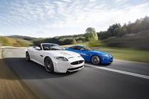 Jaguar XKR-S Convertible si Jaguar XKR-S Coupe