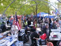 Zucotti Park - Occupy Wall Street inainte de evacuare