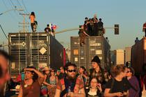 Manifestantii au ocupat portul Oakland