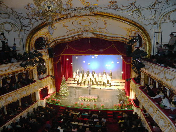Concert ecumenic de colinde - Teatrul Regia Maria Oradea