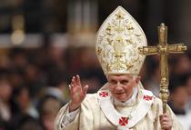Papa Benedict al XVI-lea, la slujba traditionala de Craciun si Catedrala Sf. Petru