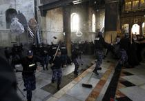 Politia a intervenit pentru a stopa luptele dintre preotii crestini
