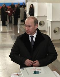Vladimir Putin, dupa ce si-a inregistrat votul in alegerile legislative