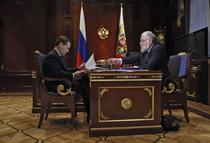 Dmitri Medvedev, la intalnirea cu seful comisiei electorale centrale