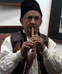 Mos Gherasim, colindator din satul Liboteni