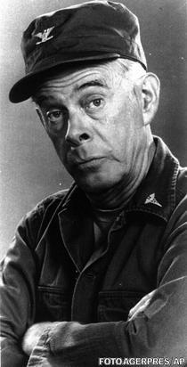 Harry Morgan (MASH)
