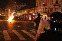 FOTOGALERIE Proteste in Piata Universitatii si Piata Unirii