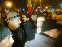 Ludovic Orban, admonestat de manifestanti