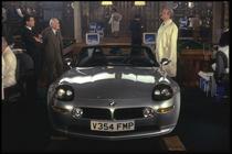 "BMW Z8, model folosit in filmul ""The world is not eno"