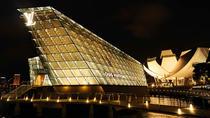 Reprezentanta LV din Singapore poarta amprenta arhitectului Peter Marino, unul dintre cei mai cunoscuti profesionisti din domeniu
