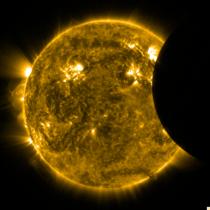 Miscare Lunii prin fata Soarelui